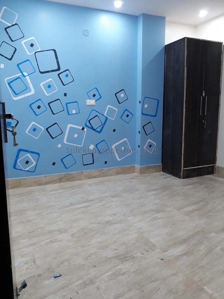 3 BHK Builder Floor for Sale in Bharat Homes Floor Dwarka Morh ...