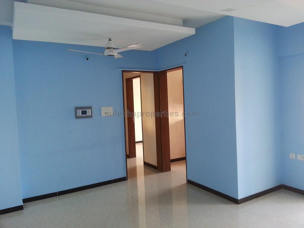 2 BHK Apartment / Flat for Rent in SRK Ovalnest Warje, Pune - 1000 ...