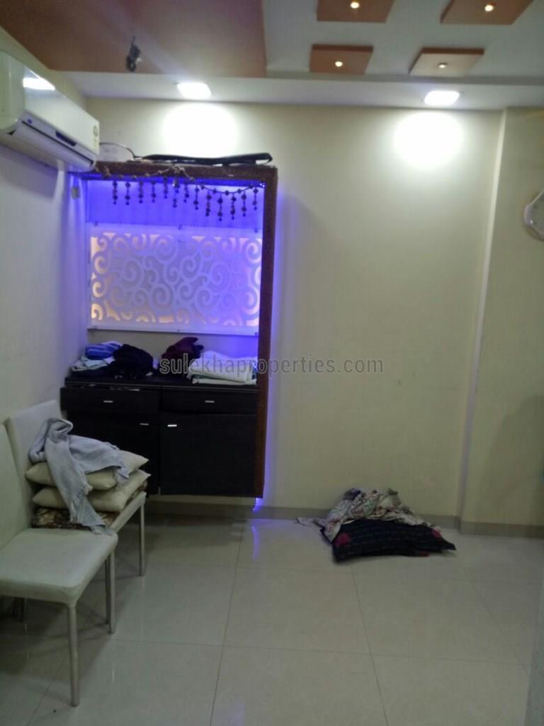 3 BHK Apartment / Flat for Rent in oberoi splendor