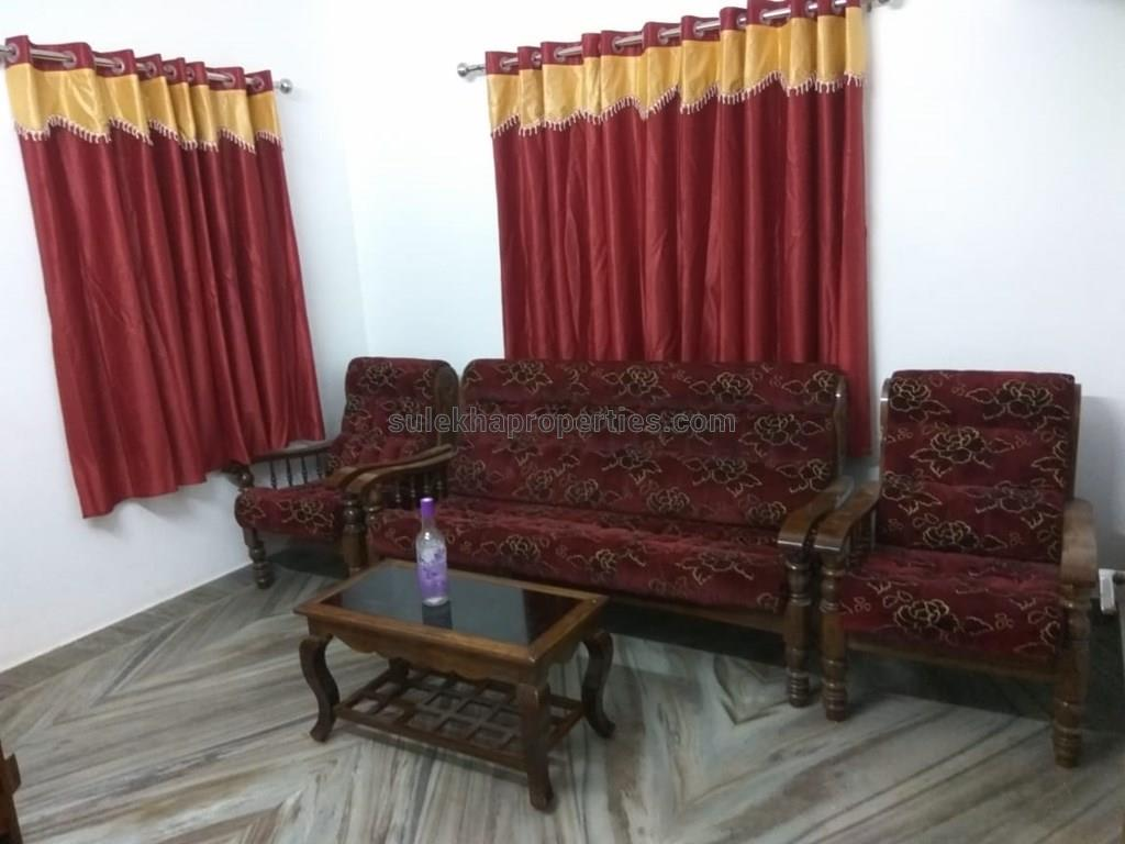 2 BHK Independent House for Rent in Vytilla, Cochin - 850 Sq feet