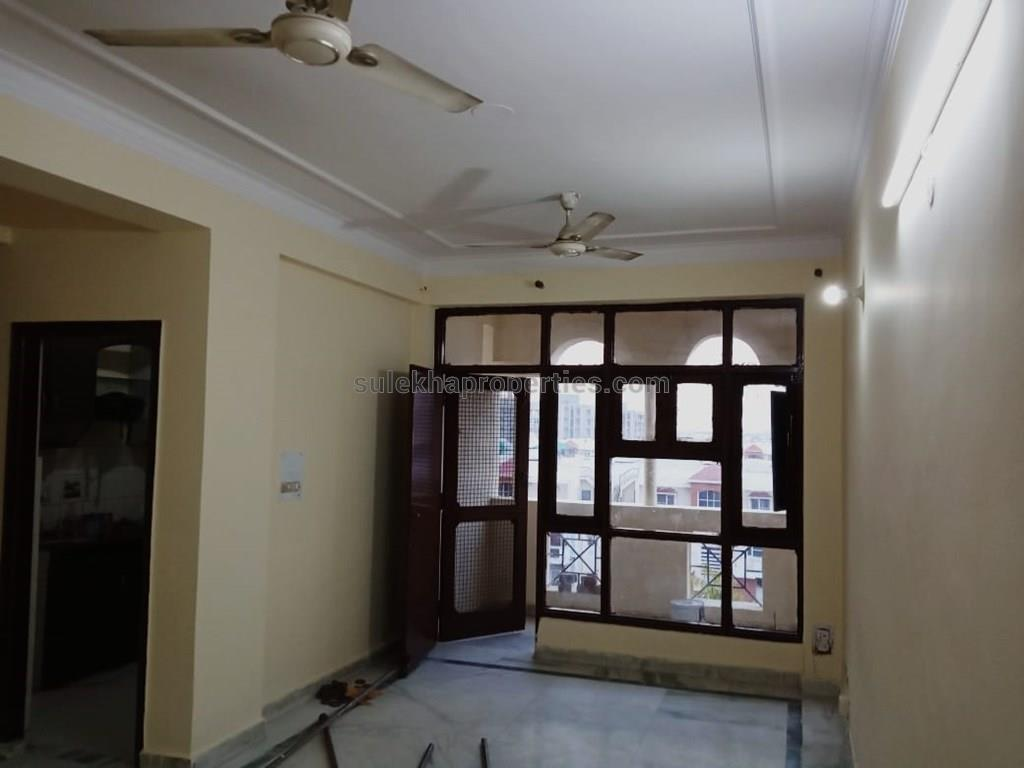 3 BHK Apartment / Flat for Rent in nitishree A block Sector