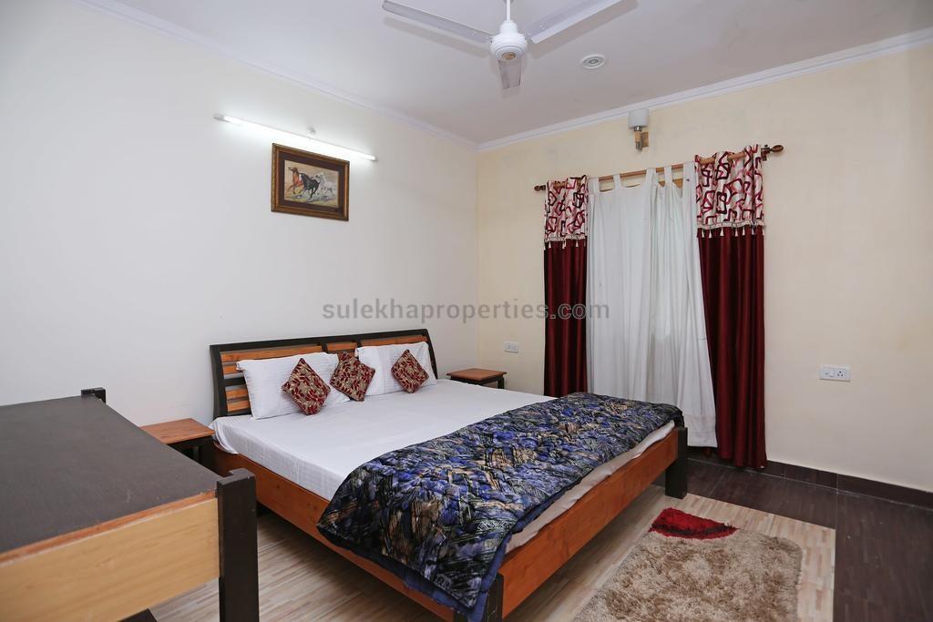 Female Roommates in Goregaon East, Mumbai, Room Sharing Near